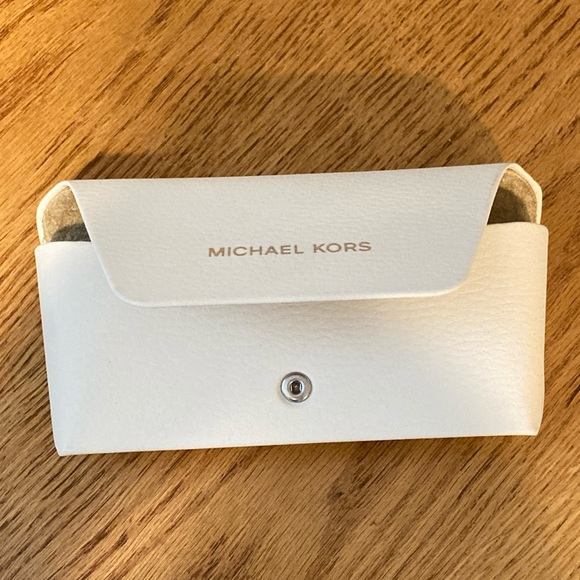 New! Michael Kors Glasses Case